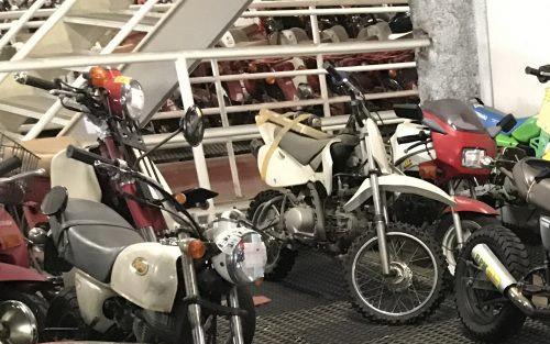 バイクと外装